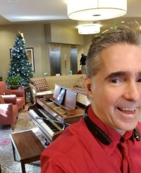 Christmas Party Pianist Los Angeles!