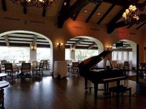 Long Beach Pianist Vocalist
