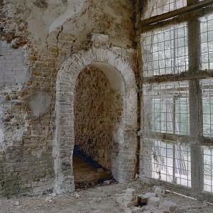 De ingang naar de toren van kasteel Nederhemert.