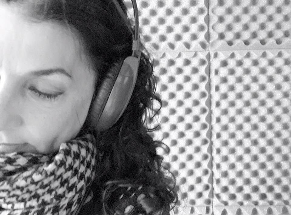 """Vamos"" canción basada en curso de Milagros, por Marcela Rubio Blázquez"