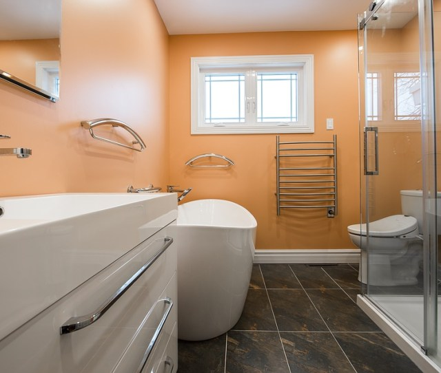 The Bolder The Wall The Better Some People Even Take The Idea And Make A Bold Accent Wall To Complete Their Home Decorating In The Bathroom
