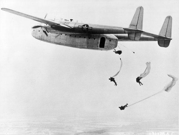 Paracaidistas en la Segunda Guerra Mundial