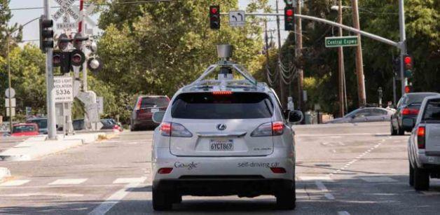 Cómo funciona el software que maneja los coches autónomos de Google