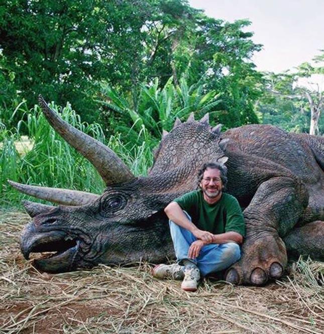Steven Spielberg, asesino de triceratops