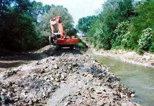escavatore_fiume