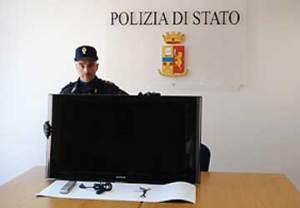 polizia-senigallia-televisore
