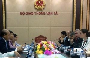 Vietnam_tavolo di lavoro con l'assessorato Bora ed il vice ministro Cong