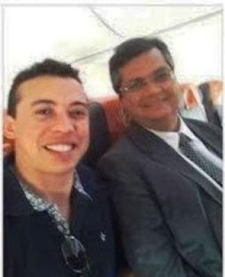 Flávio Dino, em janeiro, em avião de carreira: demagogia com o eleitor