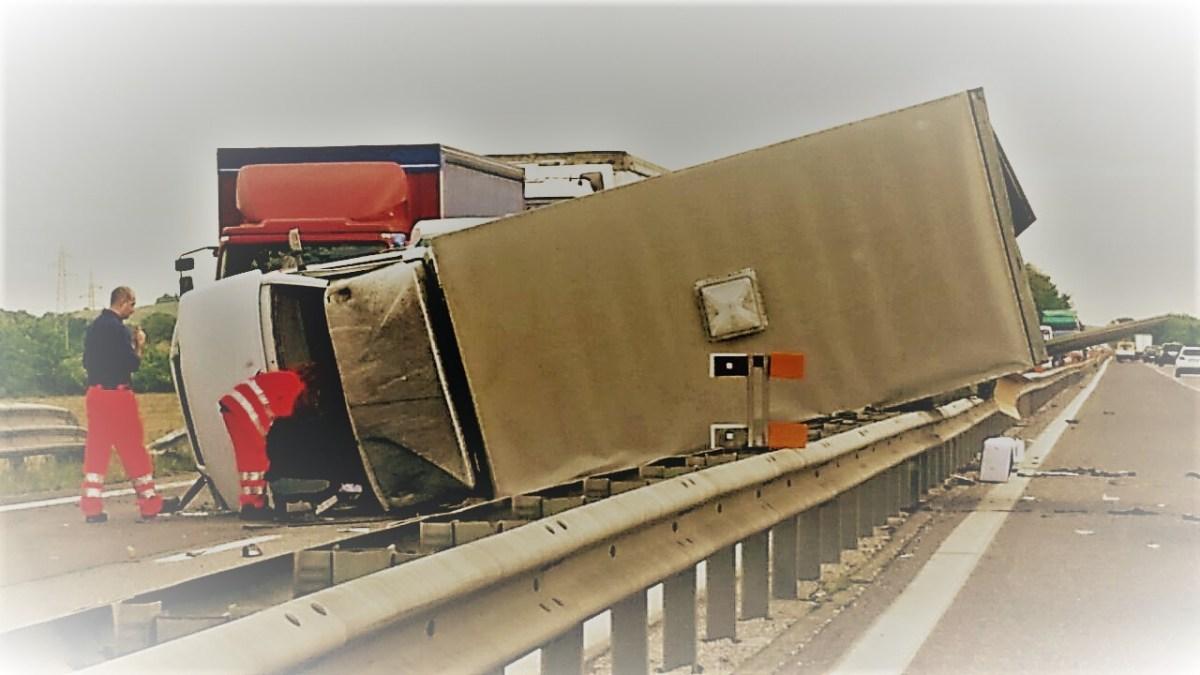 Dati INAIL relativi agli infortuni sul lavoro. Prima causa di morte? Gli incidenti stradali!
