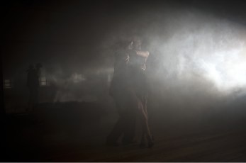 """Tango-216 Images tagged """"dancers"""""""