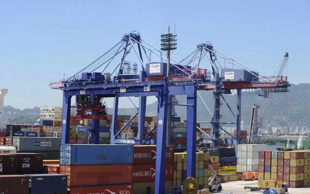Balança comercial tem superávit de US$ 2,293 bilhões em julho