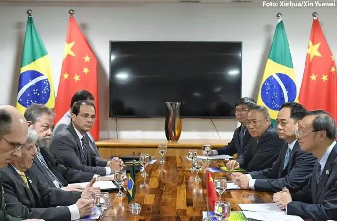 Em visita de Augusto Heleno, Brasil e China reafirmam disposição de promover parceria estratégica