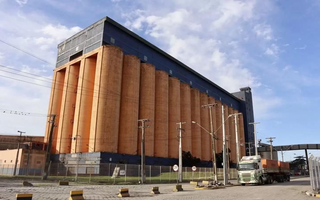 Silos públicos do Porto de Paranaguá registram desempenho recorde