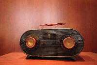 Old_Zenith_Radio_receiver_01-w200-h200