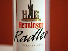 Lattina di Radler (birra mista con la lemonsoda)