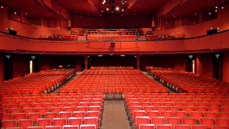 Metti una sera a teatro…. Il Teatro Carcano