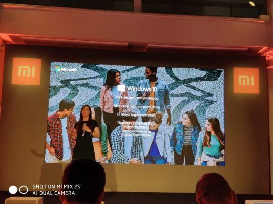 Isabel Herrero nos habla del potencial de la versión de Windows 10 en el Mi Laptop Air
