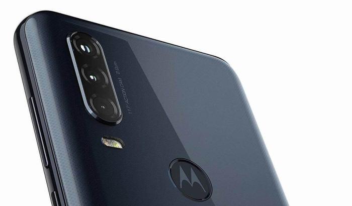 Motorola One Action en azul