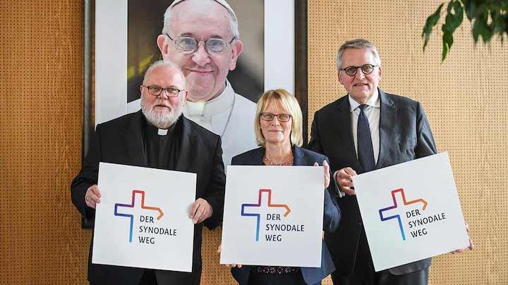 The Catholic Thing: la Via Sinodale Scismatica della Chiesa in Germania.