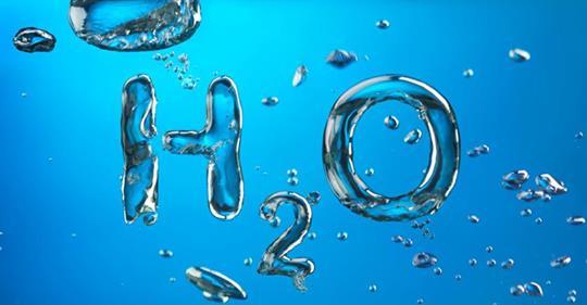Acqua sana nell'organismo: quanto è importante?