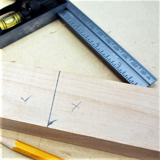 This month's very simple woodworking tip is about accurately measuring your timber before cutting.