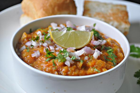 Pav bhaji recipe mareenas recipe collections pav bhaji is a much famous fast food item of mumbai known as the financial capital of india in marathi language pav means bread and bhaji means vegetable forumfinder Image collections