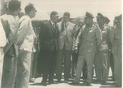 عبد الحكيم عامر قبل إطلاق الصاروخ الظافر.