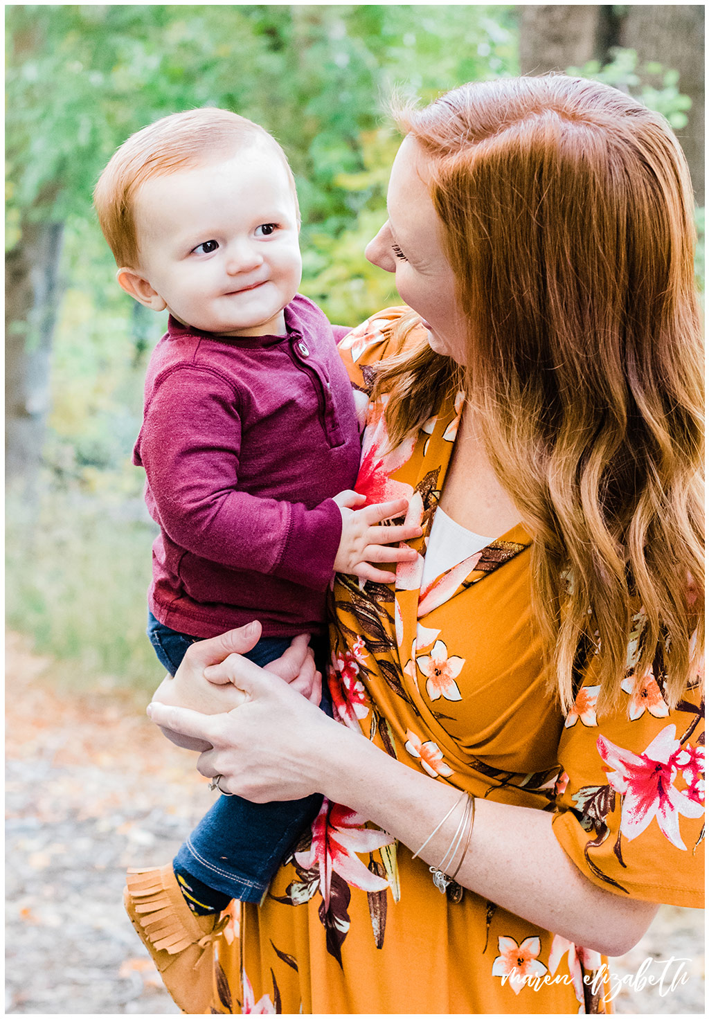 Utah Fall Mini Sessions 2018 | Did you know October is the busiest month for family pictures in utah? It's because everyone wants the fall colors in our canyons. Make sure you plan ahead to schedule your family picture session timed perfectly with the best fall colors. | Maren Elizabeth Photography | Utah Photographer