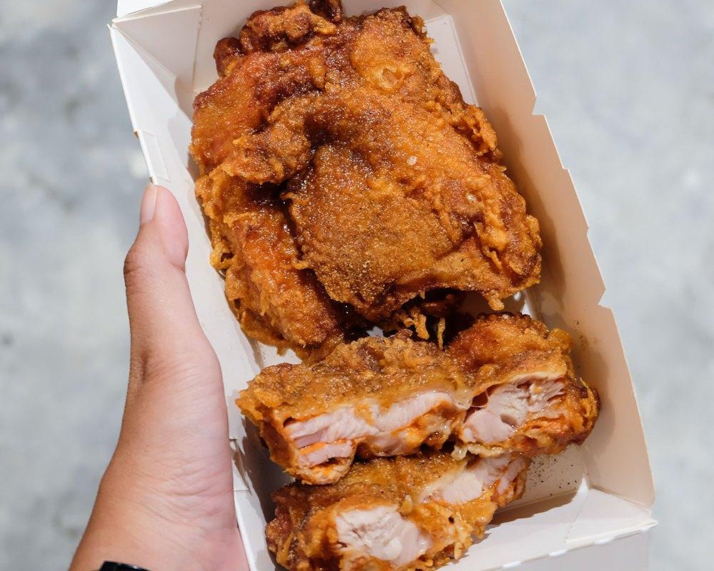 Fried chicken master Jakarta