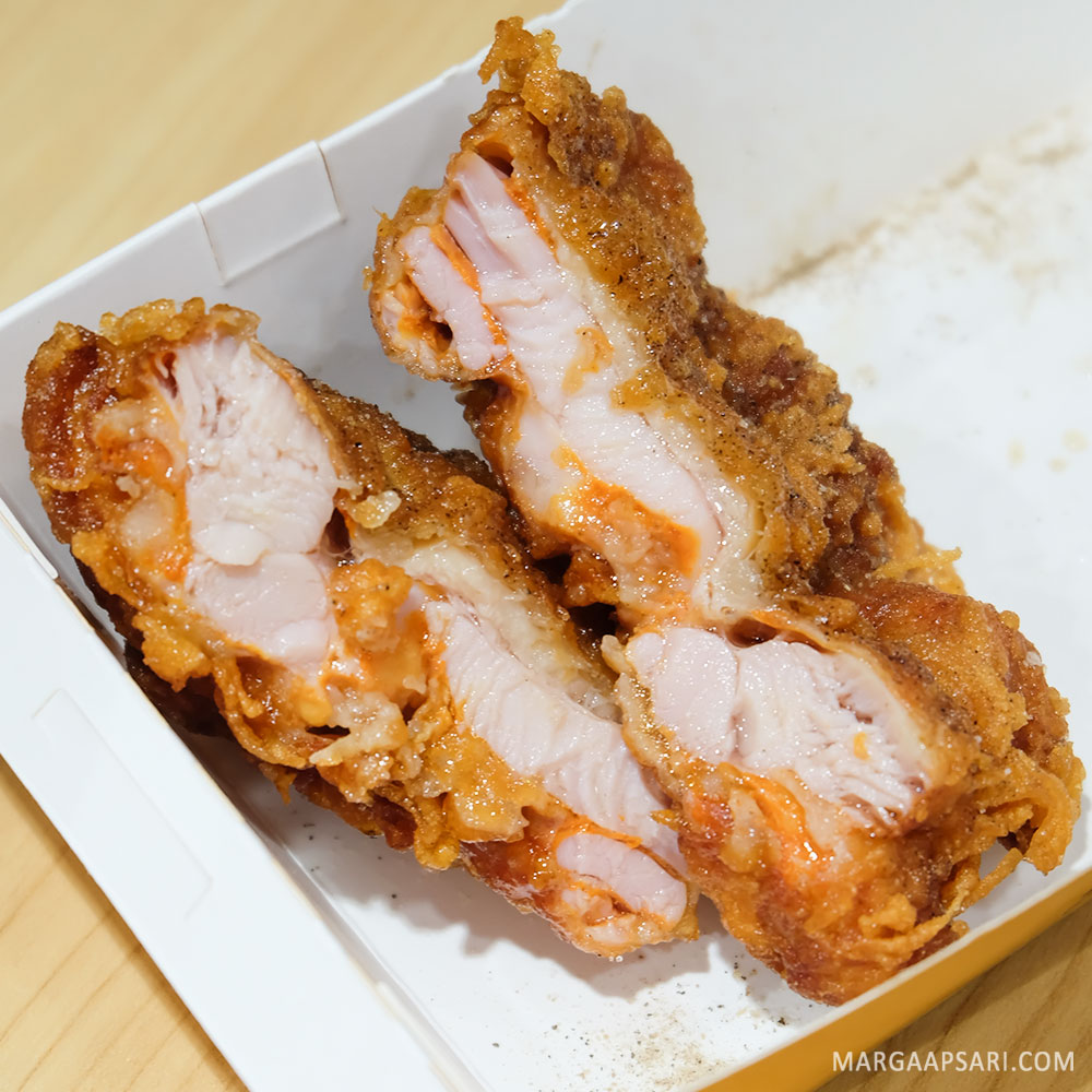 Paha Juicy Fried Chicken Master, Blok M, Jakarta