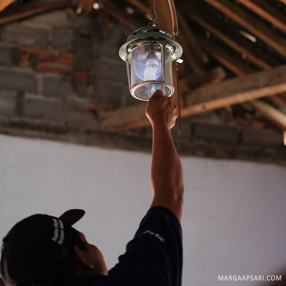 Pemanfaatan biogas untuk lampu