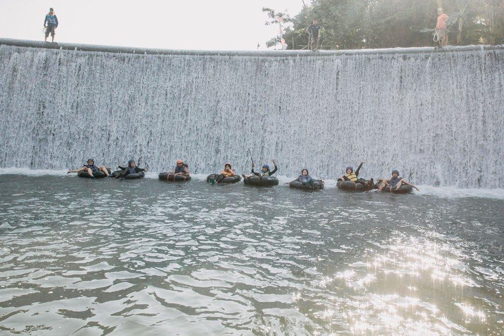 Mengakhiri #JelajahAlamAQUA dengan river tubbing di Sungai Pusur