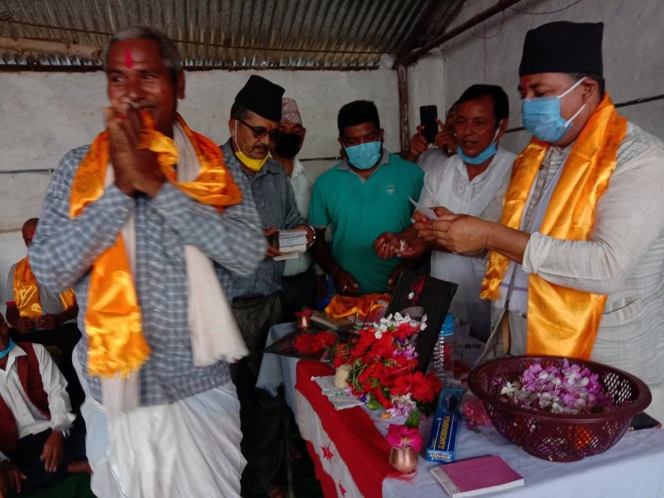 दुई तिहाइको सरकार काण्डै काण्डमा फसेको सांसद गौतमको आरोप