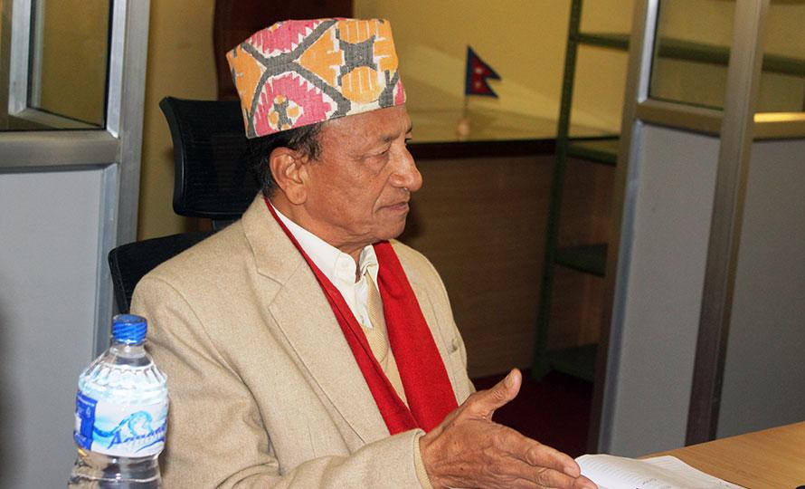 नेपाली काँग्रेसका नेता एवम कर्णाली प्रदेश सभाका सांसद दिनबन्धु श्रेष्ठलाई कोरोना संक्रमण