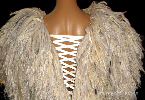 Vleugels van Margaret Sabee Weefkunst Den Haag