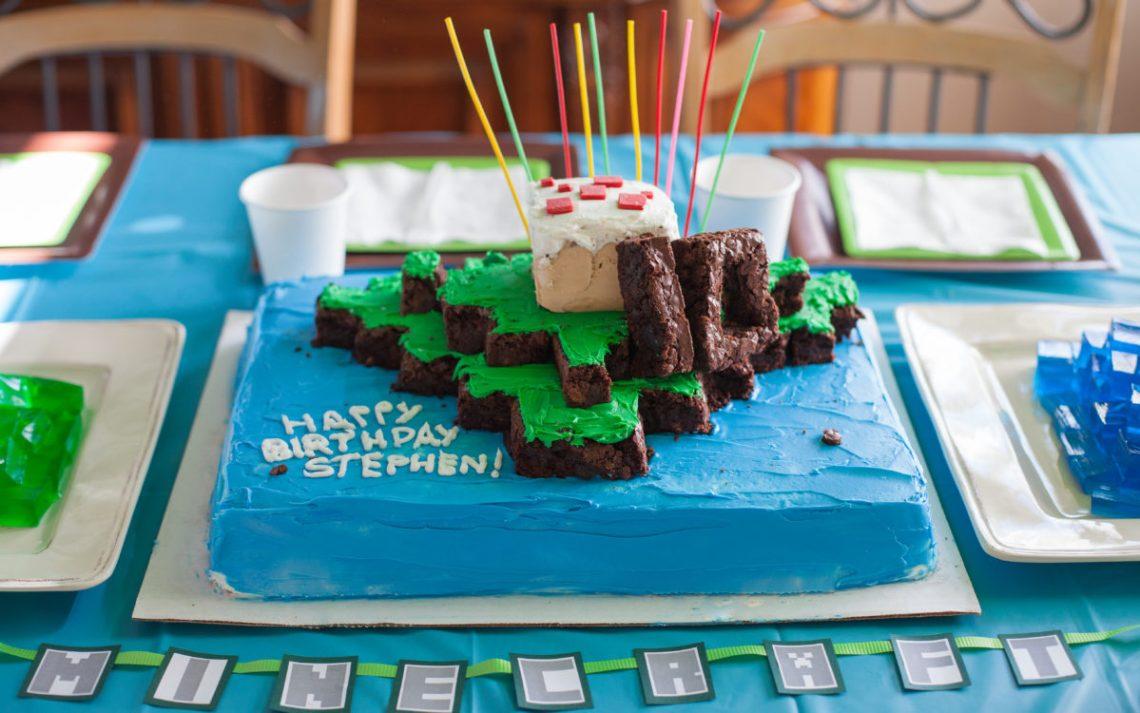 Fine Homemade Minecraft Cake Ideas The Cake Boutique Funny Birthday Cards Online Alyptdamsfinfo