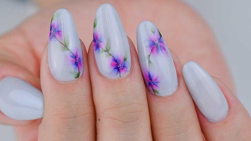 Le Nuove Tendenze Unghie Smalti E Nail Art Per La Primavera