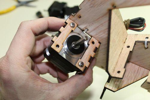 DeltaRobot8 motors in motor mount.jpg