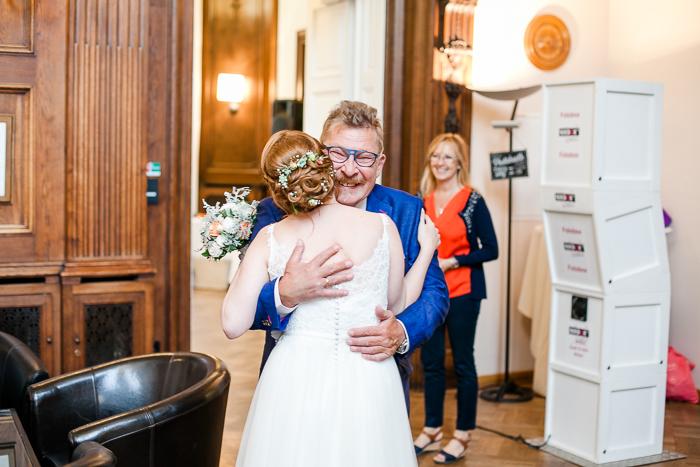 a_viennese_wedding_hochzeit_wien_margit-hubner_parkschloessl-021