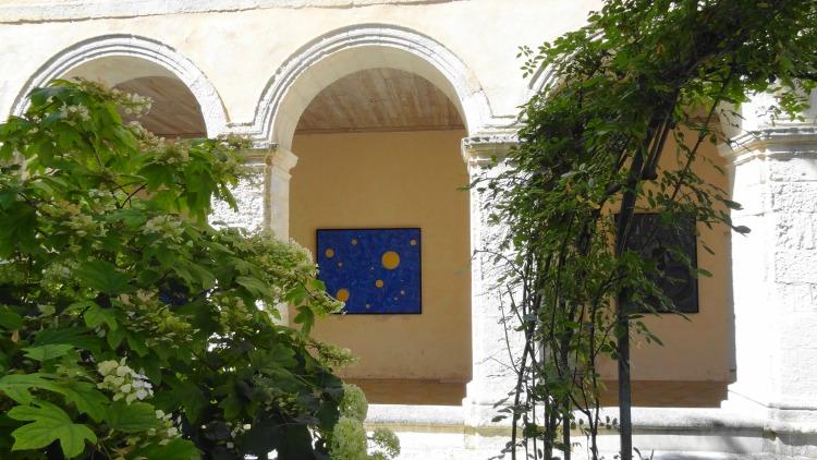 Cloitre des Dames Blanches La Rochelle - Exposition Julien Calot