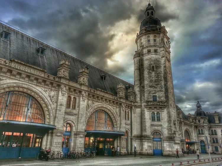 La gare de La Rochelle - Fi Loup Graffy