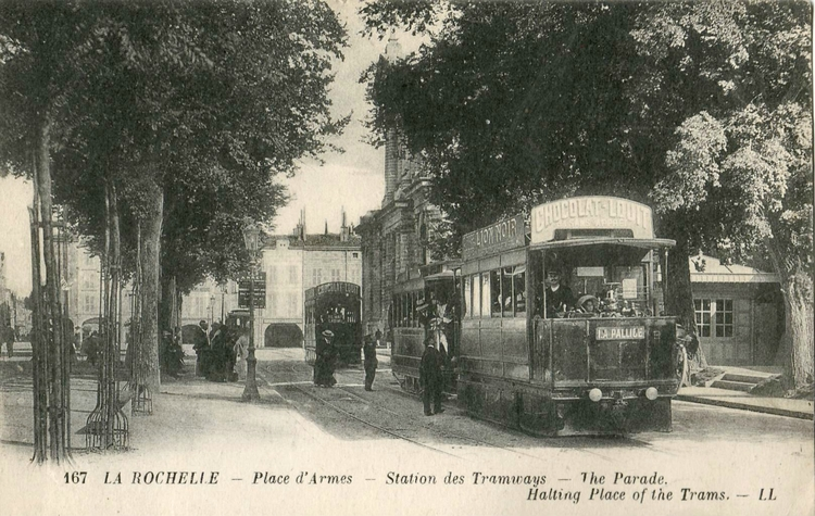La Rochelle Place d'armes - années 1920
