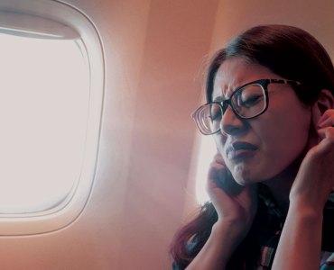 8 Ways to Avoid Ear Disturbance During the Air Travel