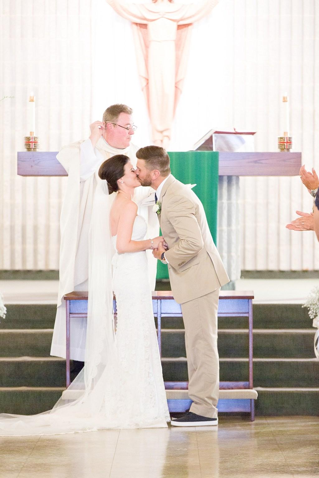 Libertyville Illinois Wedding_0048.jpg