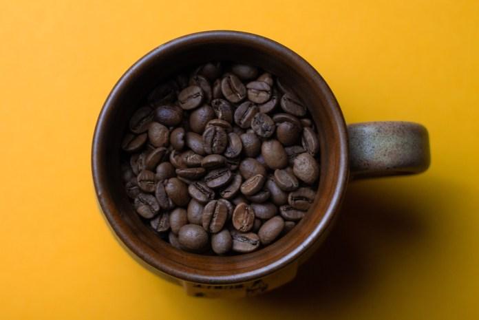 Cafeina_Teina_Taurina_Mitos_Ciencia_Maria_Iranzo_Biotec