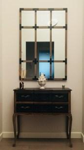 Restyling mobili: cassettiera dopo con nero e effetto legno