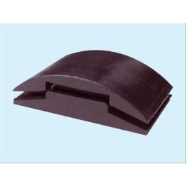 Un tampone dove avvolgere e bloccare la carta abrasiva per renderla piu manegevole