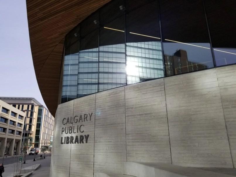 "Calgary Central Library Façade. Mirror windows and ""Calgary Public Library"" on the front. Photo by Mariana Abeid-McDougall"