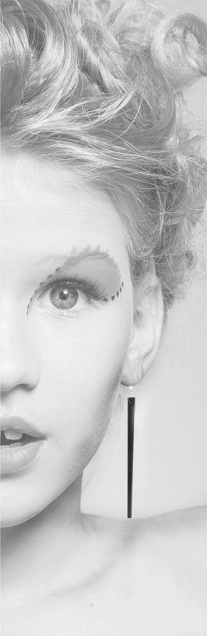orecchino nero 3D print