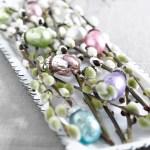 Elegant påskebord med delikate pasteller
